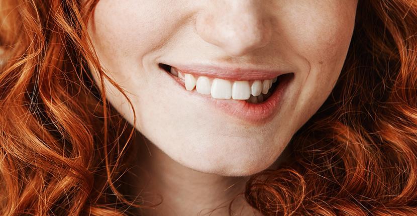 Síntomas de dolor en las encías